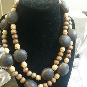 Fashion wood necklace .